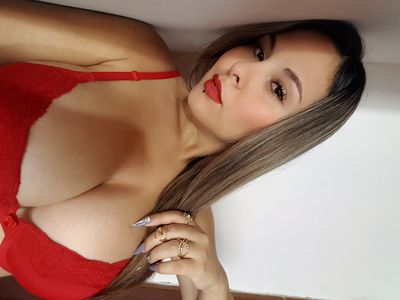 Super Busty Escort in Phoenix Arizona