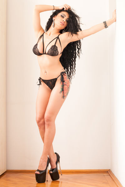 Samantha Smith - Escort Girl from Waterbury Connecticut