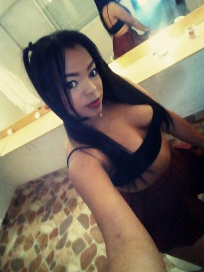 Nahomy Will - Escort Girl from West Covina California