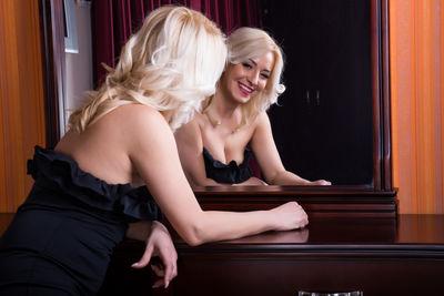 Lydia Wallace - Escort Girl from Kansas City Missouri