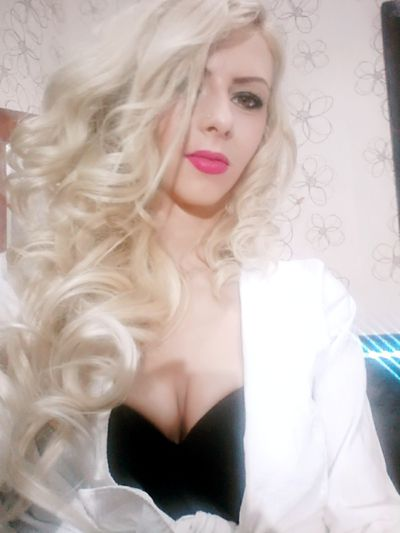 Tanya Robinson - Escort Girl from West Covina California