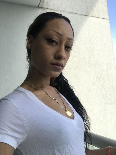 Diaz White - Escort Girl from Washington District of Columbia