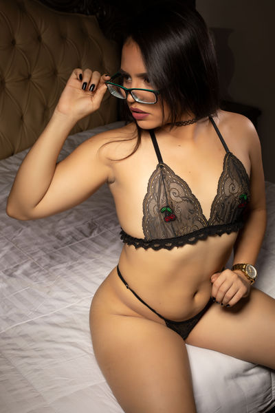 Latina Escort in Bakersfield California