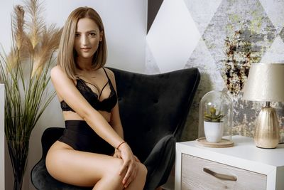 Nysa Arne - Escort Girl from West Covina California