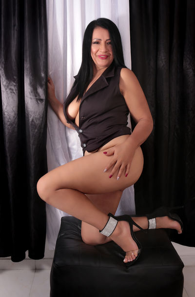 For Couples Escort in Clarksville Tennessee